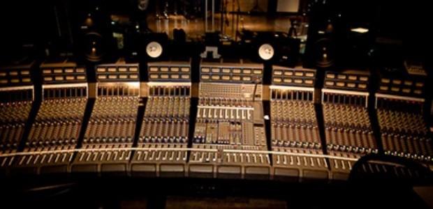 UAD ocean studios plugin